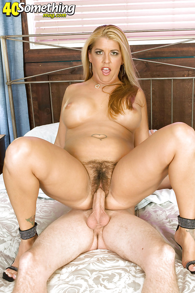 fat mature with round juggs joclyn stone nails her hairy