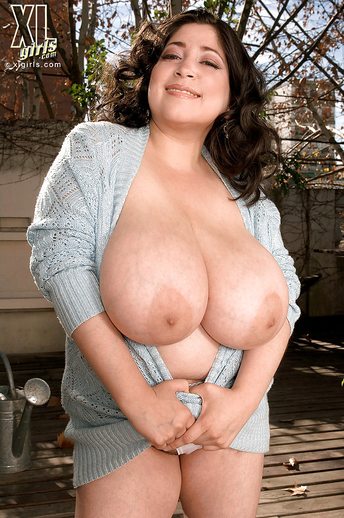 Latina milf gallery