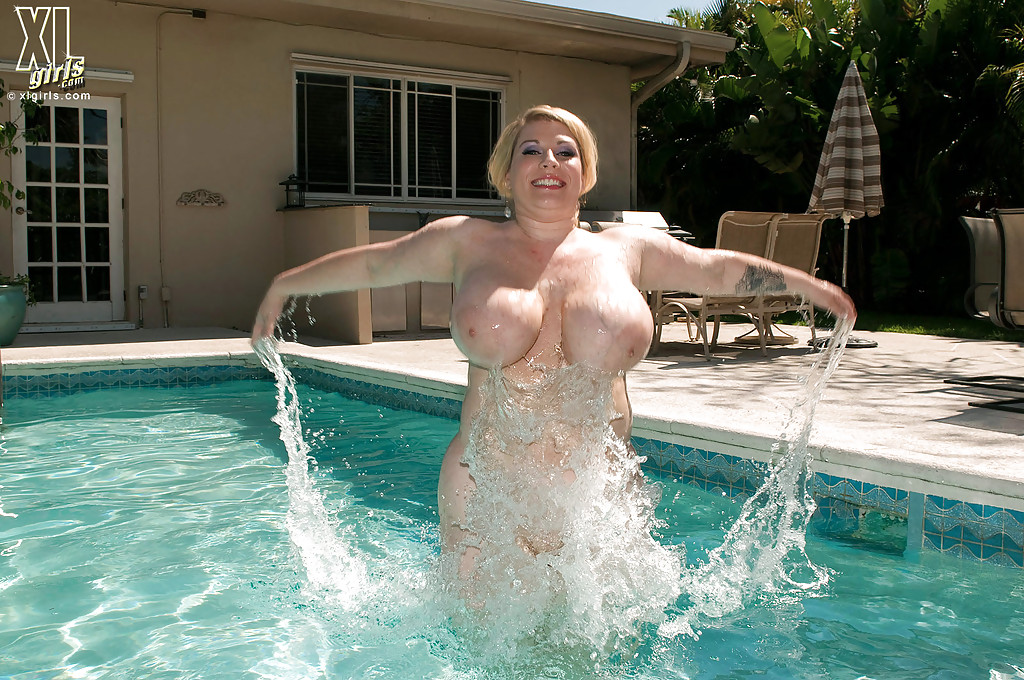 Chubby naked swimming girls seems me