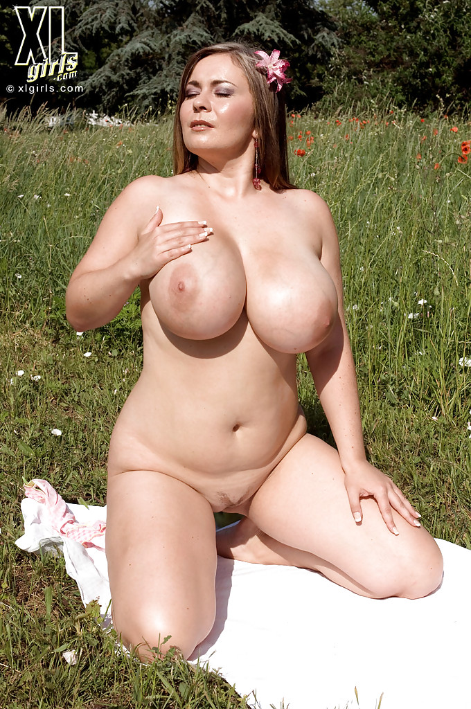 Sexy bbw girls naked
