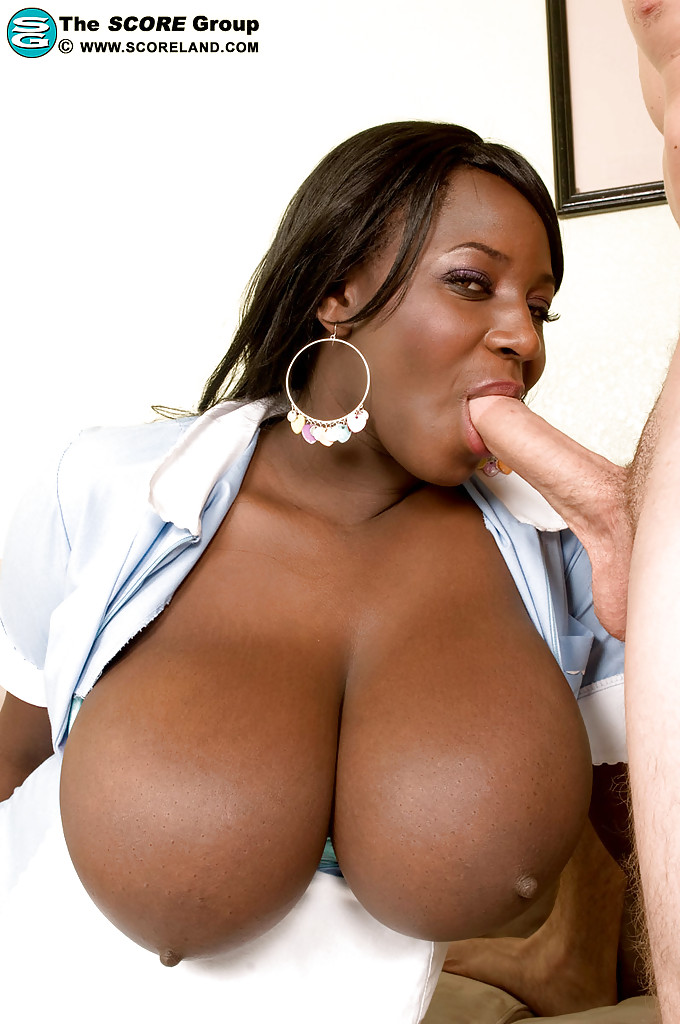 Chubby mature black boobs — photo 15