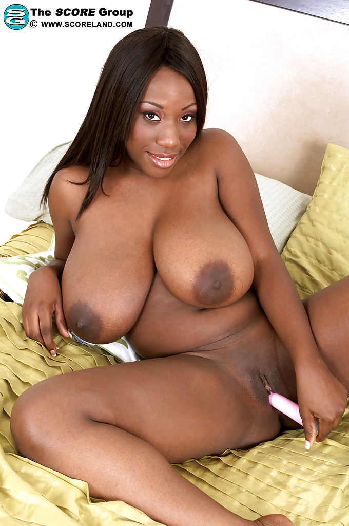 ebony whore janet jade masturbating with her favorite toys