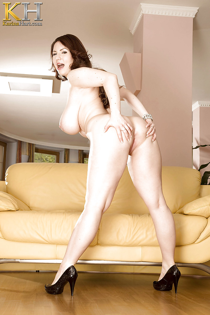 Hot fatty in heels Karina Hart playing with her pink ...