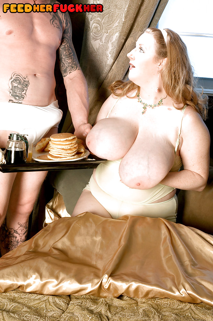 Two bbw milf are stuffing