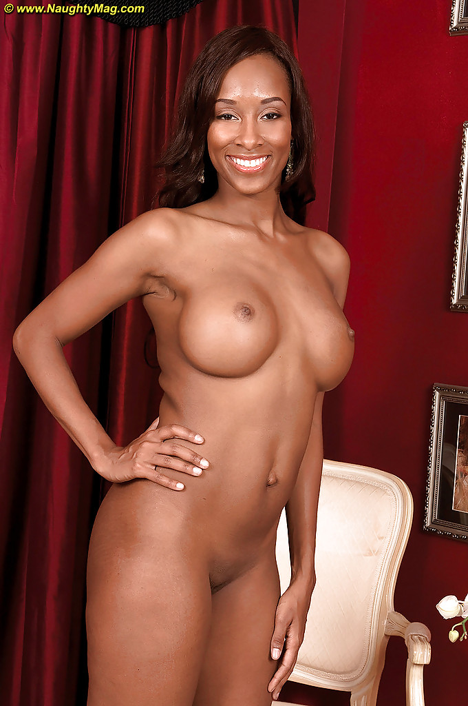 Amateur ebony huge tits xxx tiniest in the 10