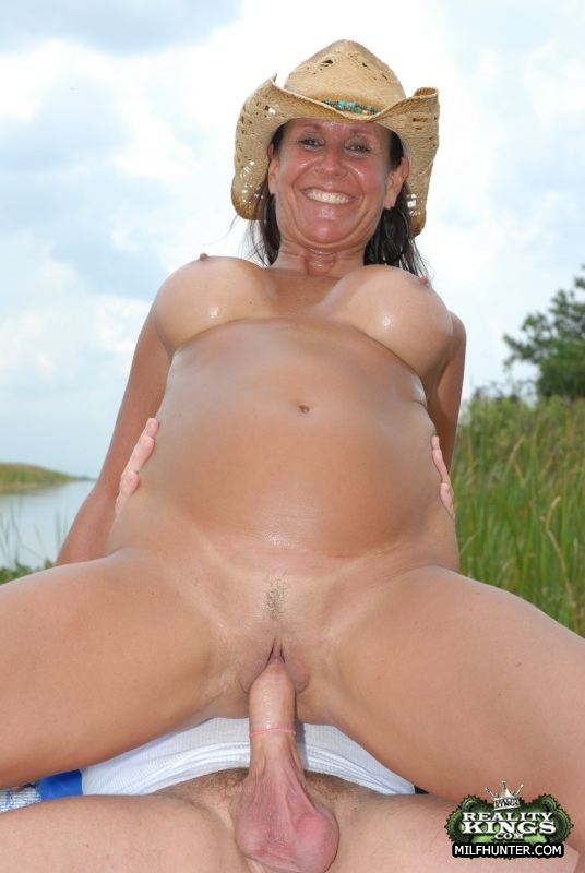 Mature milf boats