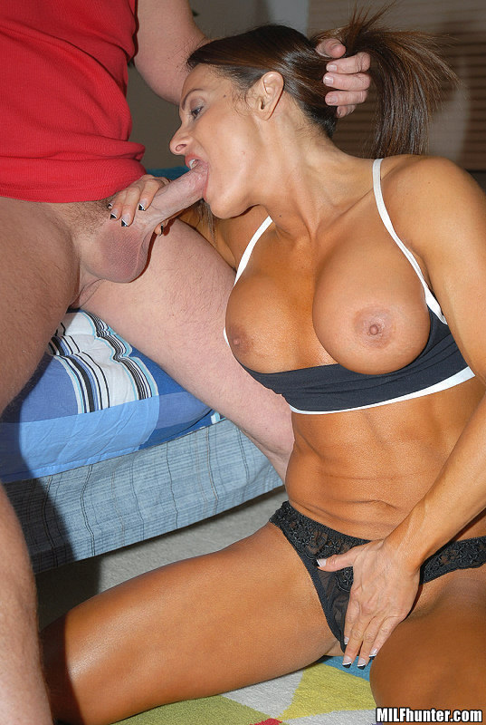 Milf cheats with black cock