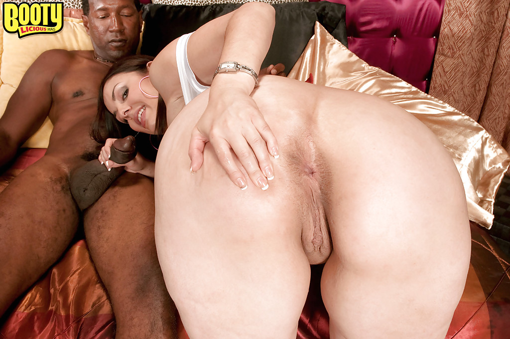 A good interracial trheesome 8