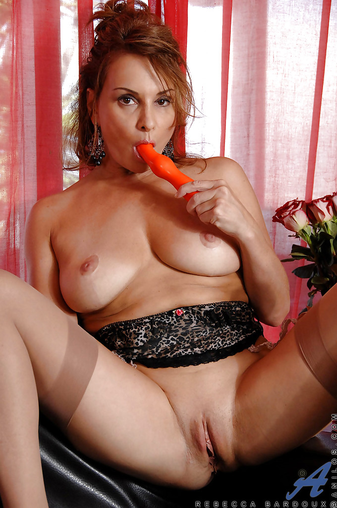 Girls Using Big Dildo