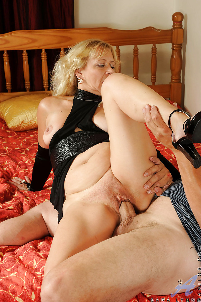 Cum sex with a mature polish woman