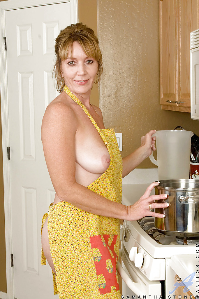 Sexy housewives 6