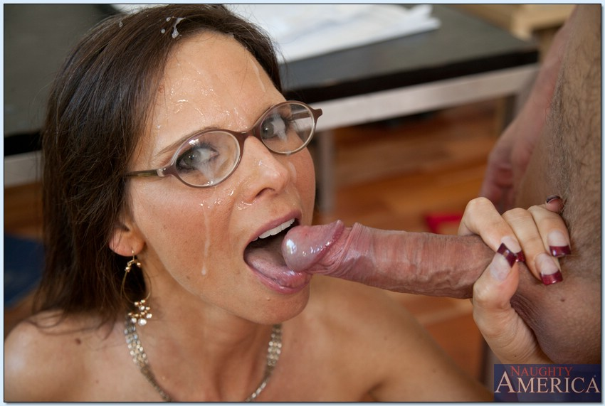 Milf with glasses porn, bbw mom pics