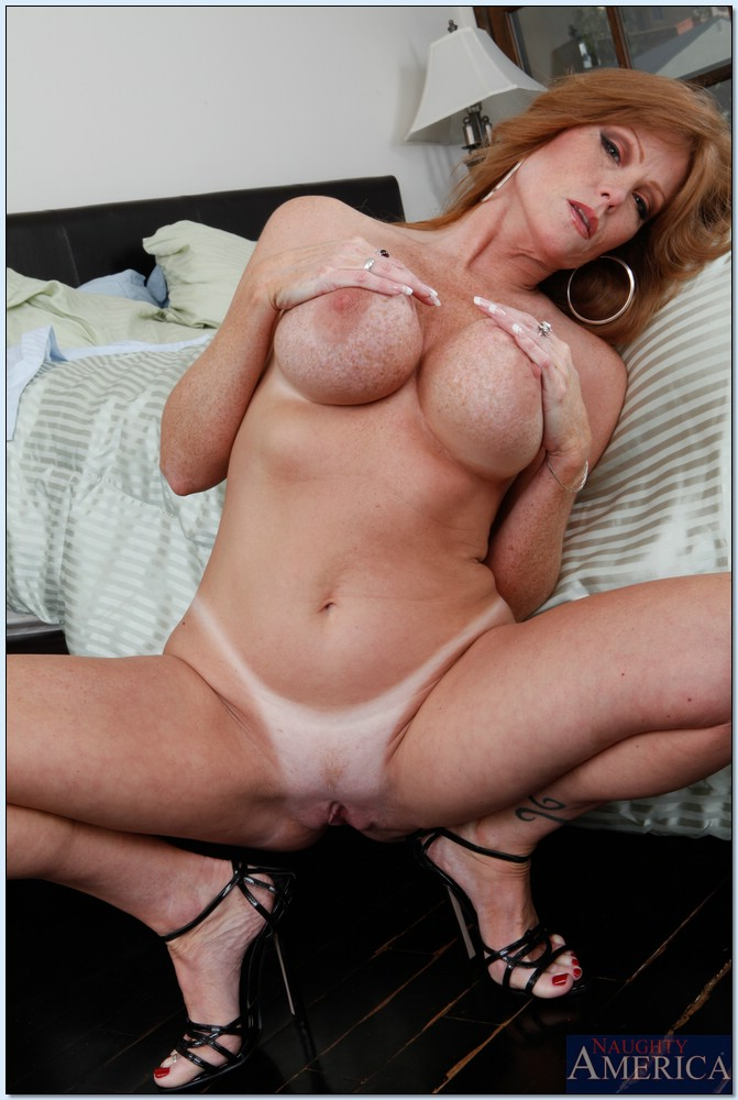 Seduced by a mature woman with my amp dc - 2 part 2