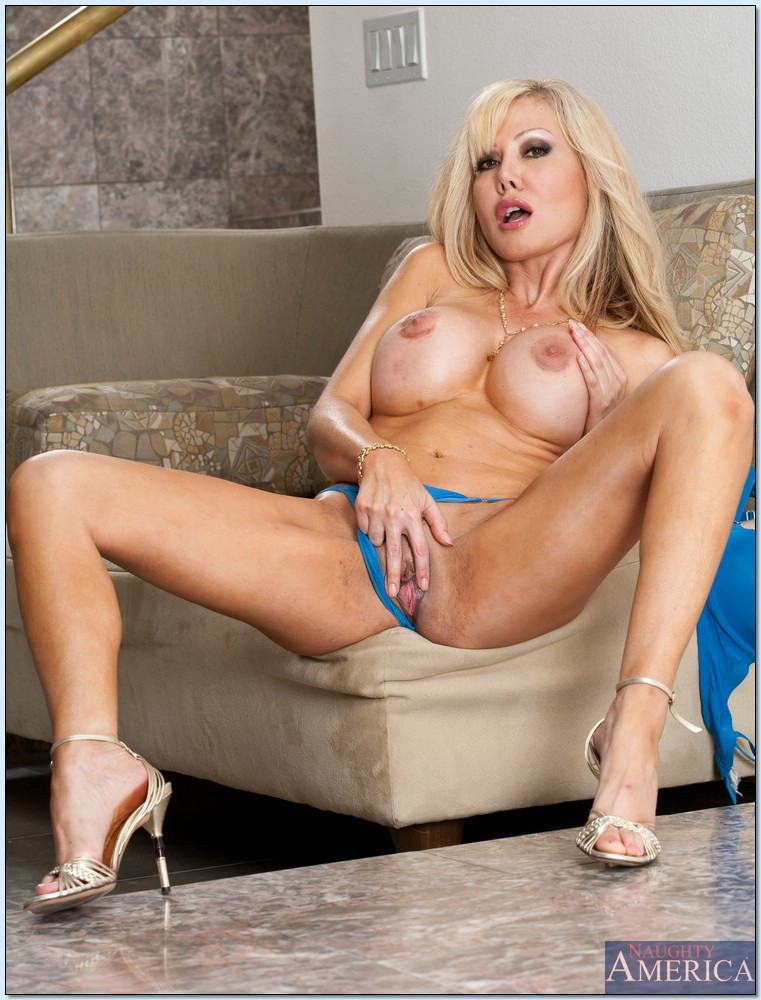 Mature female porn stars altjackoffboy photo