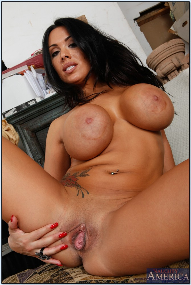 Double penetration threesome picture