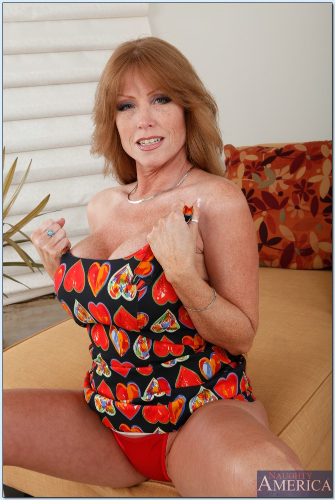 Love her huge mature redhead 03 @zoeybunny Incredible
