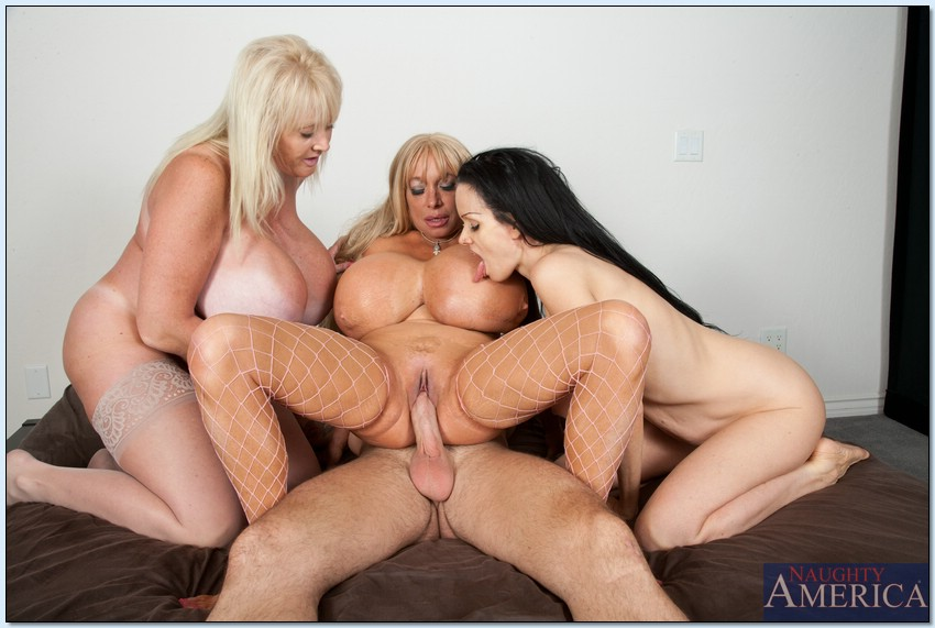 big-tit-mature-blonde-group-sex-what-color-is-a-black-pussy