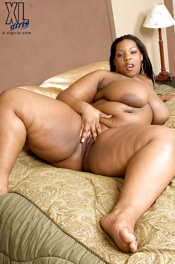 Fat black girls masterbating