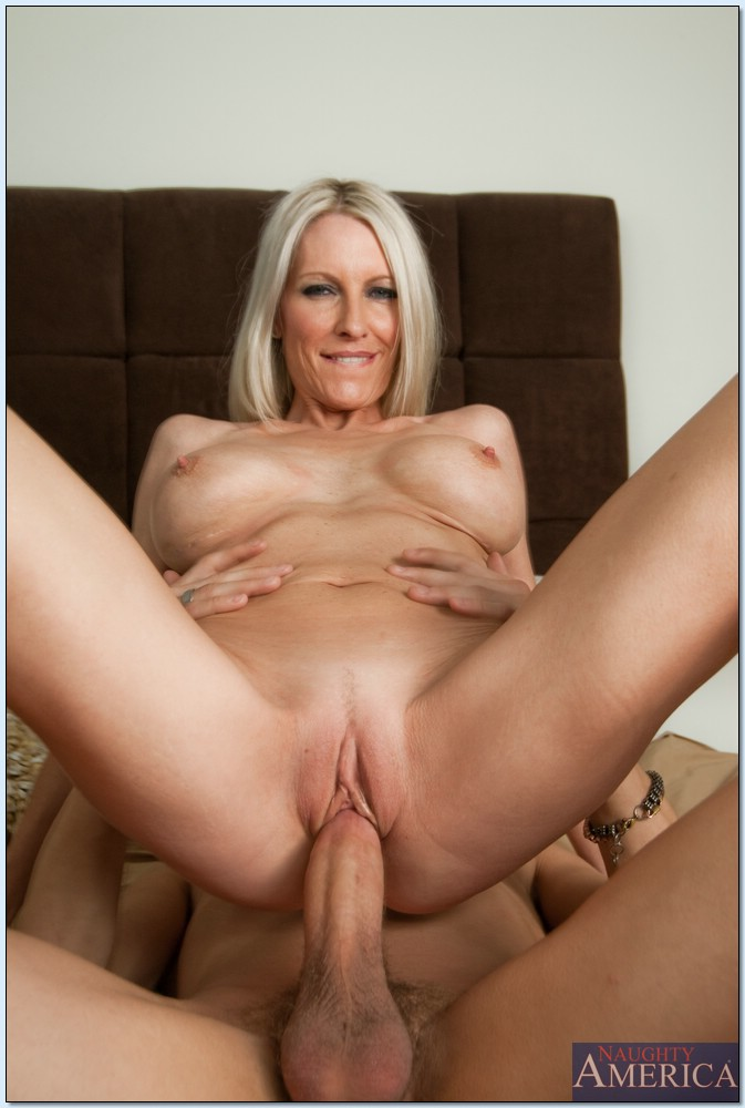 Remarkable, busty blonde milf emma starr for the