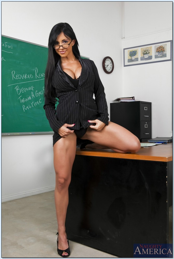naked girl teachers with a big ass