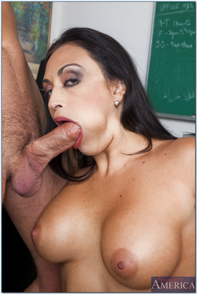 Sexy real milf huge cum on glasses