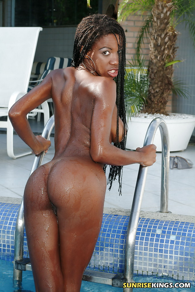 tight ebony girl naked