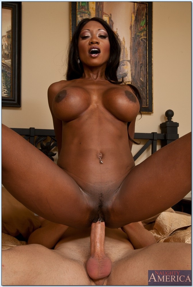 Black milf fucks young white guy