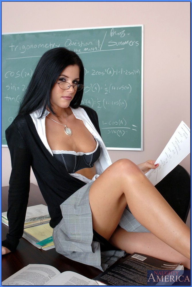Brunette MILF Teacher Fuck Student