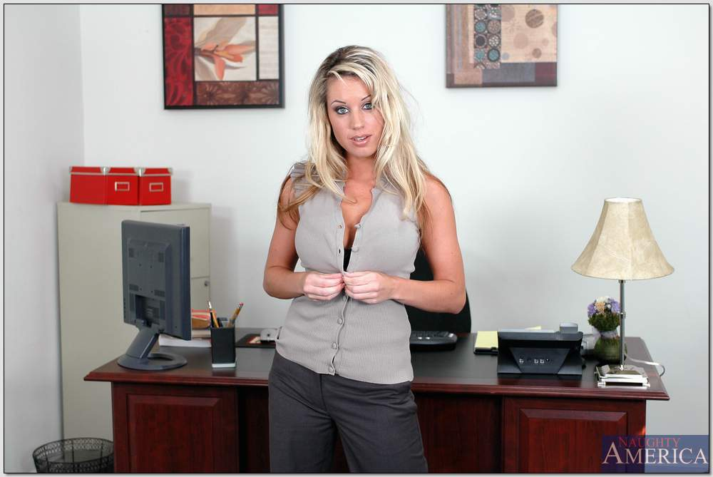 Stunning office babe Tessa West revealing ripe melons and delicious ass