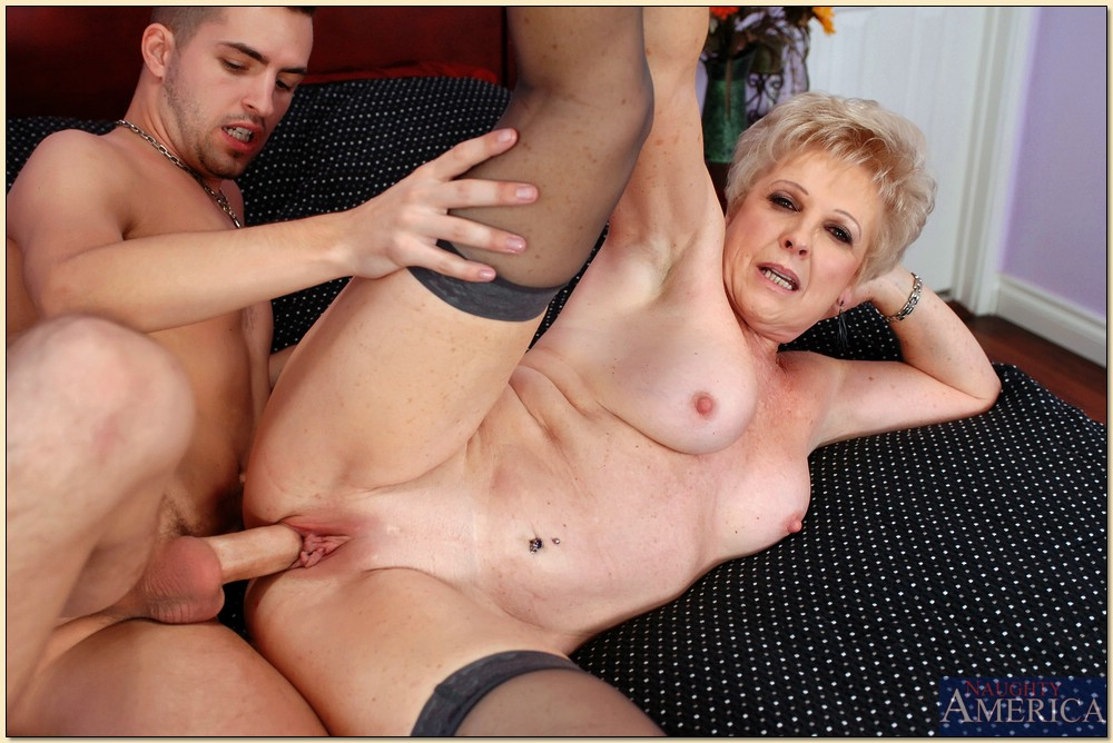 Mature Fucking Machines Squirt