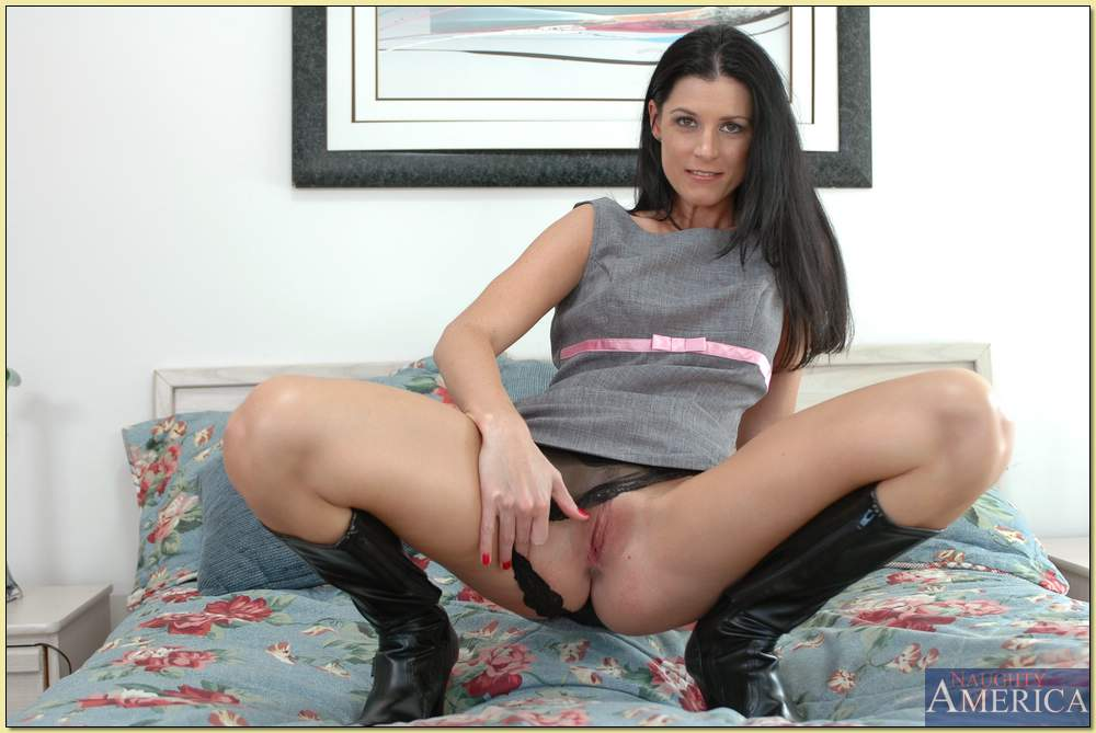 Milf in knee high boots