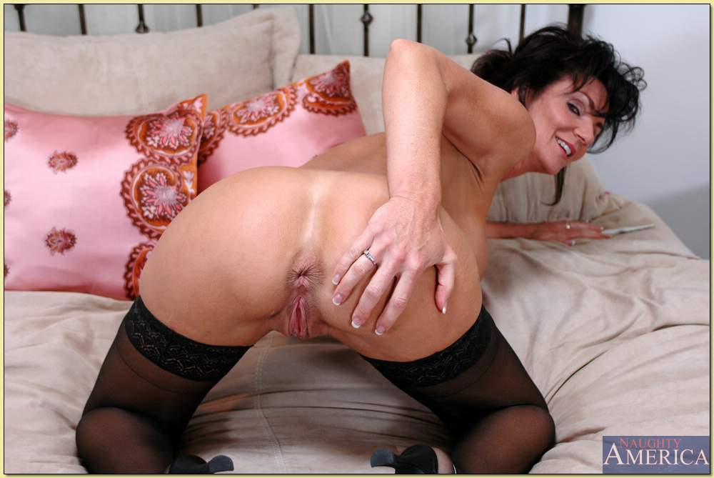Will not Sexy milf cougars ass spread