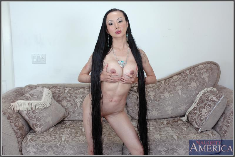 Arabian girl pussi hairy nude picture