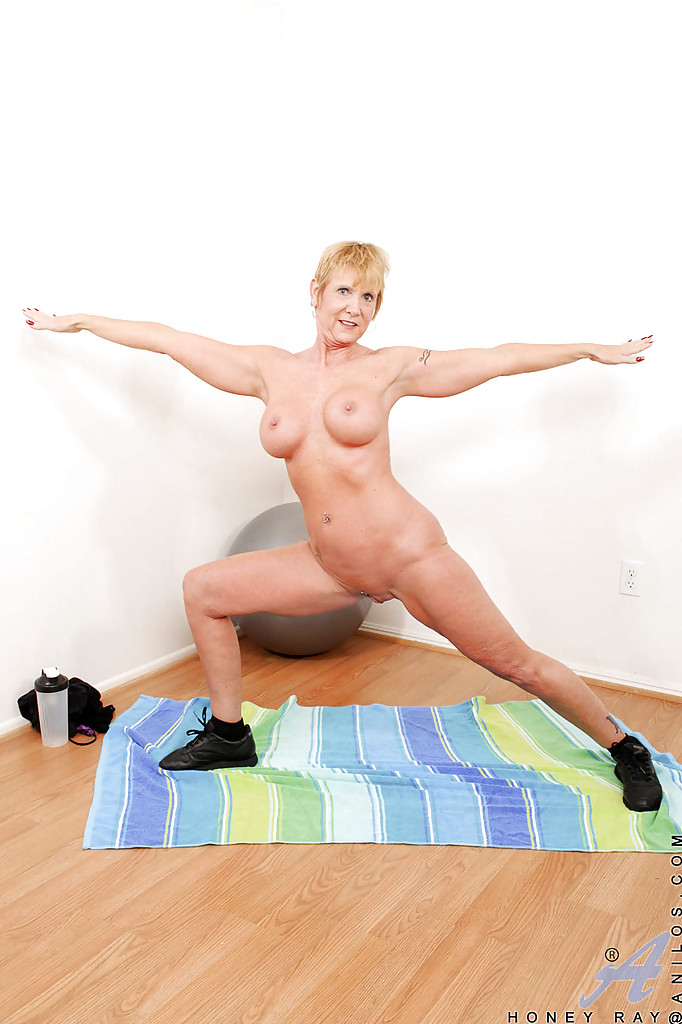 Hot women nude exercise, video porn doctor