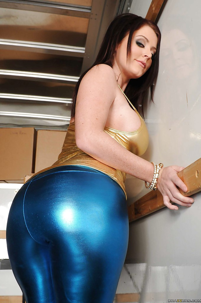 Gallery girl latex movie