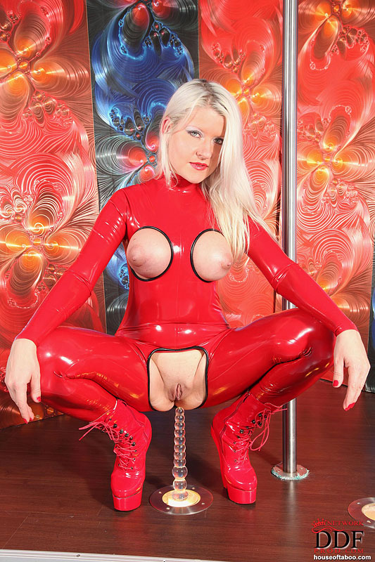 Full Body Latex Porn