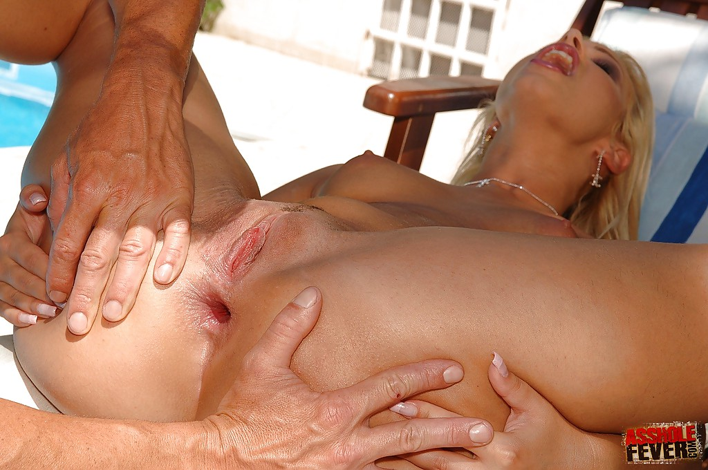 Mature nurse blowjob
