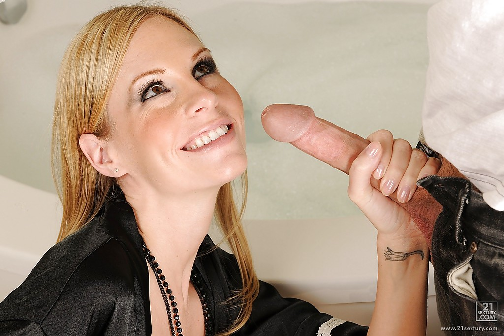 Cheating milf fucking a younger guy from sexd 4