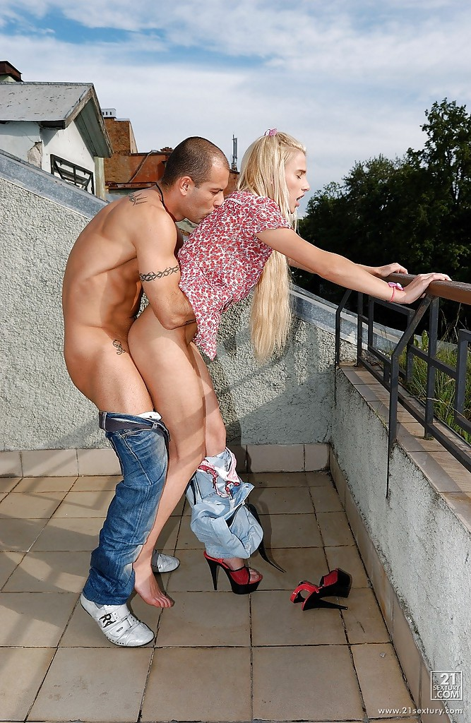 image Fuck teen ass outdoor hungry woman gets