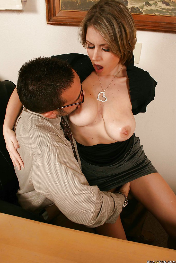 Hairy pussy at the office