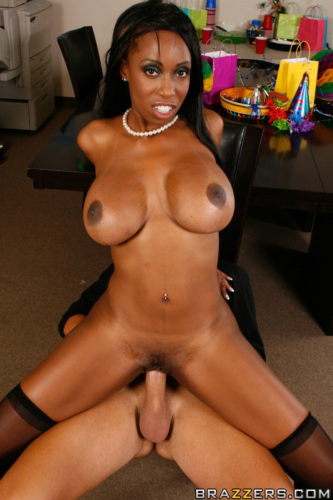 Ebony Sucking Small Black Dick