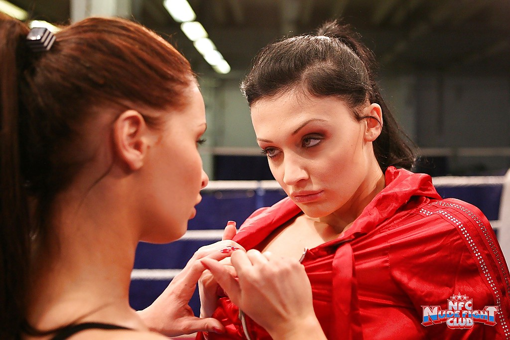 Lesbian into fighting boxing sex turns