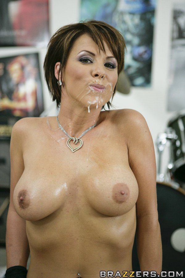 Brazzers mommy got boobs too hot to handle scene starrin 10