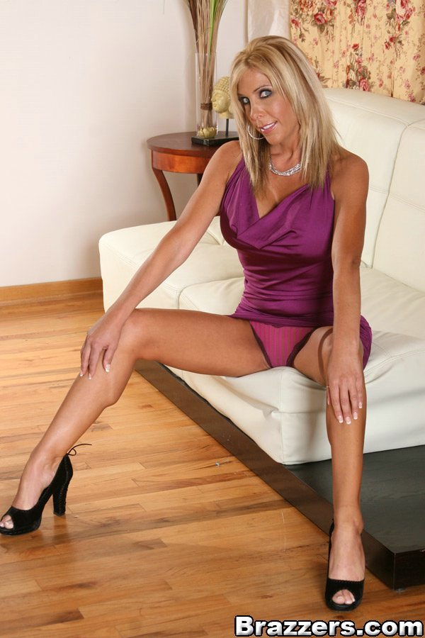 Sexy legs long with milfs