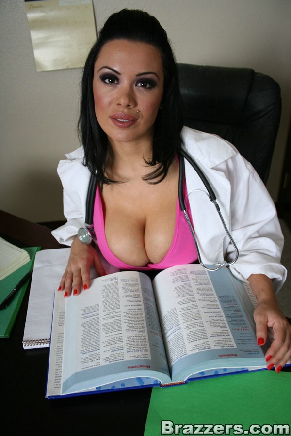 sienna west doctor