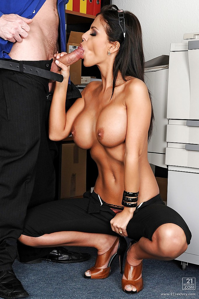 Hot secretary fucked hard