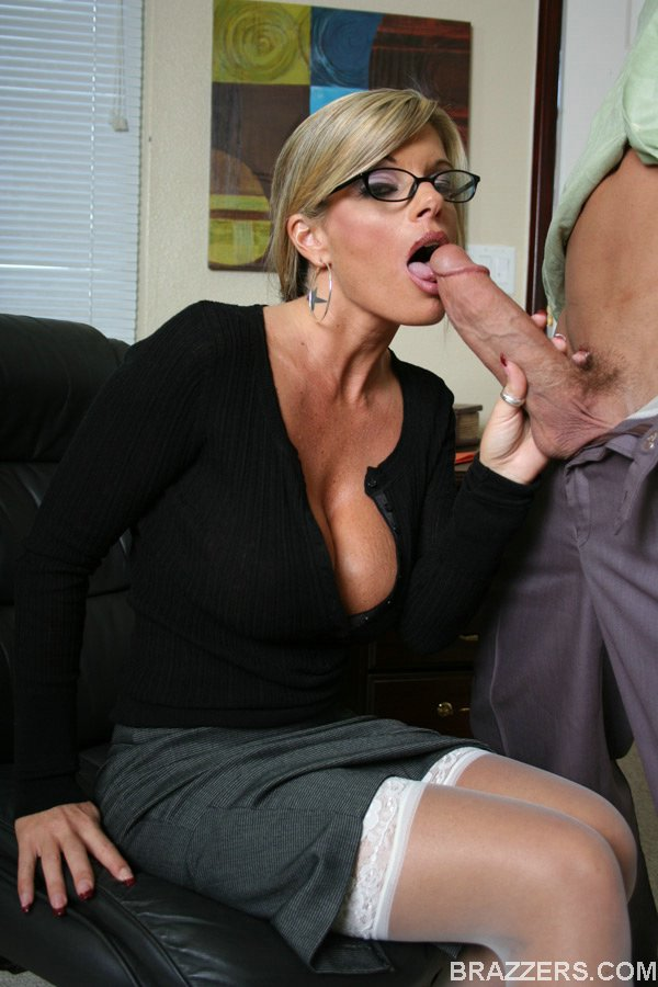 cock ejaculates pussy fertile womb