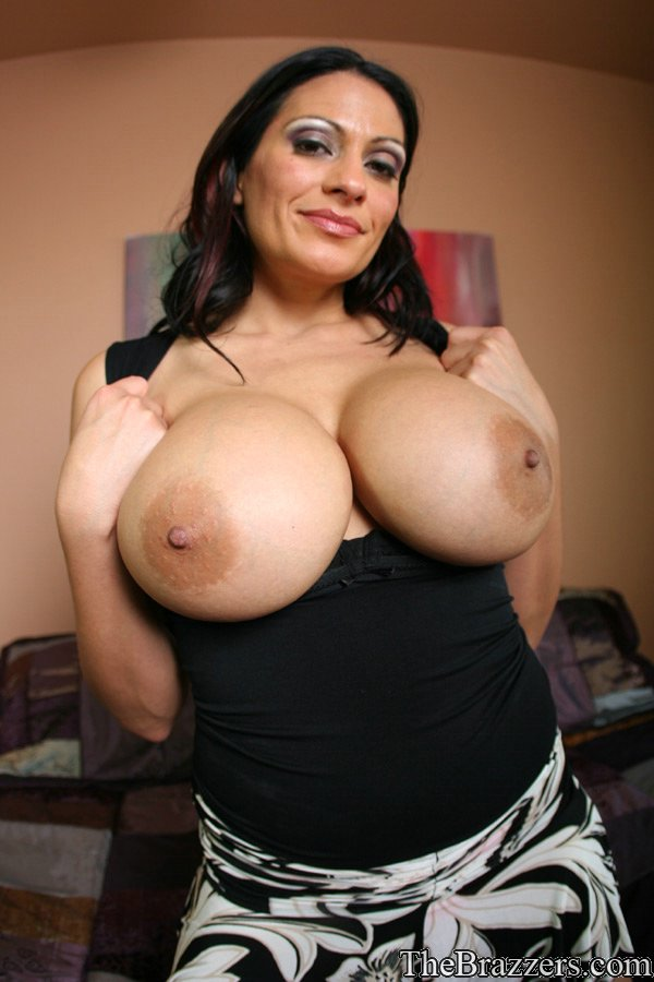 Mature busty avalauren personal trainer