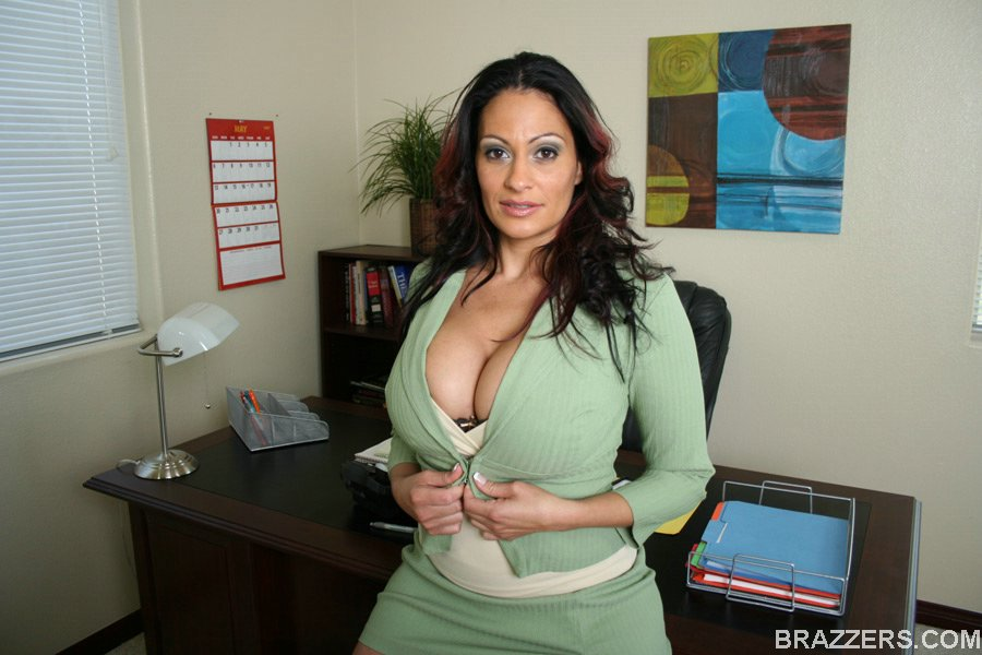 Ava lauren big tits at work