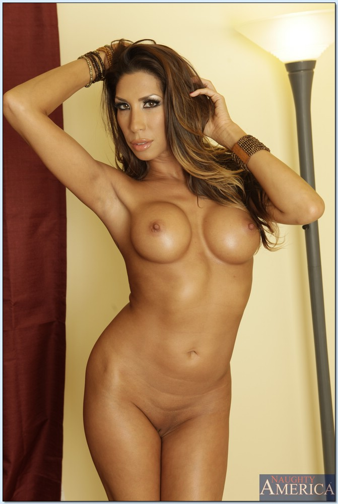 Free hot latinas naked pics